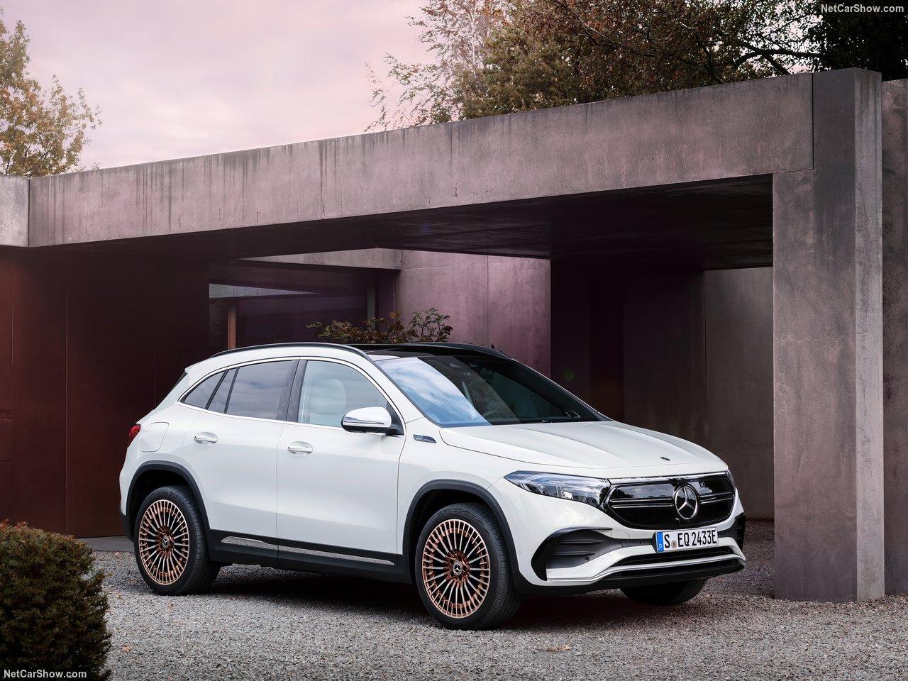 Mercedes-Benz-EQA-2022-1280-07