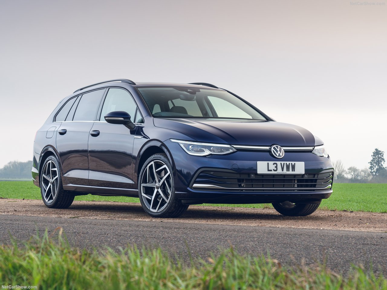 Volkswagen-Golf_Estate_UK-Version-2021-1280-02